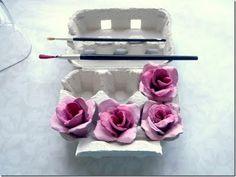 rosas em caixa de ovos