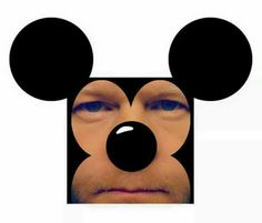 Mickey Mouse Selfportrait 😊