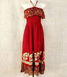 A elegância e os olhares não sairão de você neste vestido longo frente única indiano.  Por R$ 9990 Frete grátis nas compras acima de R$ 15000  Saiba mais pelo nosso Whatsapp: 13982166299  Preços válidos até 31/10.  #modaetnica #gipsy #gipsysoul #modaindiana