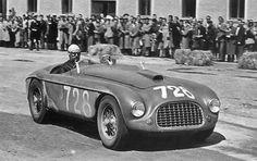 1950. Ascari's Ferrari 275S barchetta (#728) got into an accident.