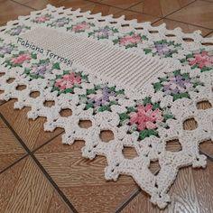 Free Crochet Doily Patterns, Crochet Designs, Crochet Doilies, Crochet Stitches, Crochet Table Mat, Crochet Blocks, Crochet Tablecloth, Wiggly Crochet, Crochet Videos