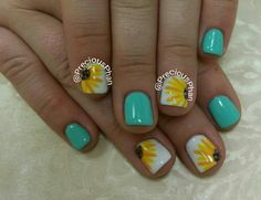 Mint nails. Sunflower nails. Spring nails. #PreciousPhanNails