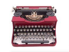 Triumph Durabel typewriter, 1938, working typewriter, german typewriter, portable typewriter, burgundy typewriter, qwertz.