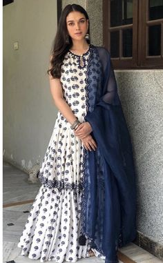 Aditi Rao Hydari in a Punit Balana lehenga/chuditar outfit from their new summer collection She rounded the look with simple oxidized jhumkas and wavy hair. Pakistani Dresses Casual, Indian Fashion Dresses, Dress Indian Style, Fashion Outfits, Ethnic Outfits, Indian Outfits, Indian Clothes, Indian Attire, Indian Ethnic Wear