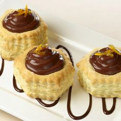 Google Image Result for http://www.recipe.com/images/caramel-whipped-chocolate-pudding-cups-27364-ss.jpg