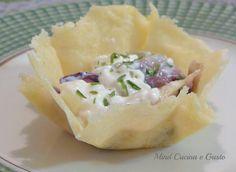 Cestini parmigiano e radicchio un finger food Ottimo per aprire un pranzo di ricorrenza che sarà gradito ai vostri ospiti