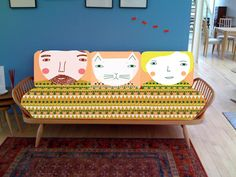 Donna Wilson pattern design on an Ercol day bed. Ercol Sofa, Ercol Furniture, Home Decor Furniture, Home Furnishings, Upholstered Chairs, Muebles Art Deco, Deco Design, House And Home Magazine, Home And Living