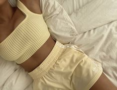 Lazy Outfits, Cute Comfy Outfits, Trendy Outfits, Summer Outfits, Fashion Outfits, Womens Fashion, Fashion Tips, Emo Outfits, Yellow Outfits