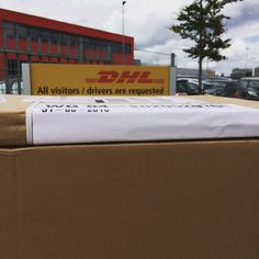 P A K J E S • Nou, na veel gedoe van afgelopen dagen eindelijk pakjes in handen hoor!