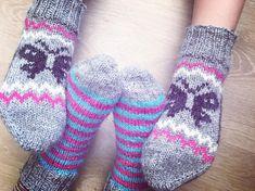 Siskosten sukat 🦋 #neulonta #neulominen #villasukat #kaupunkilanka #novitanalle ... #kaupunkilanka #neulominen #neulonta #novitanalle #Siskosten #sukat #villasukat Villa, Socks, Booty, Tips, Fashion, Moda, Swag, Fashion Styles, Sock