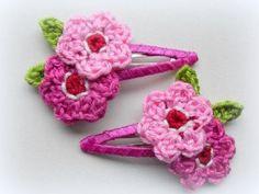 haarknipjes met gehaakte bloemetjes door lightbluerose #Kunstzinnig