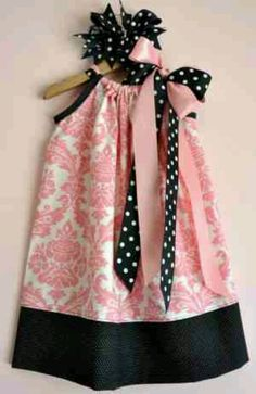 Pillowcase dress. Adorable for a little girl. I love this look, will have to try and find a fabric similar!
