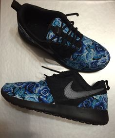 free shipping ffcda 6220f Black custom roshe runs Custom Shoes, Custom Sneakers, Nike Free Shoes,  Running Shoes