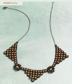 stylish necklace with beads and corners of beads, weaving scheme