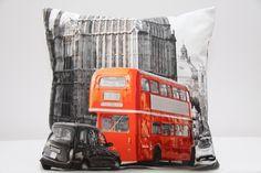 Poszewki na poduszki ozdobne szare z motywem londyńskim