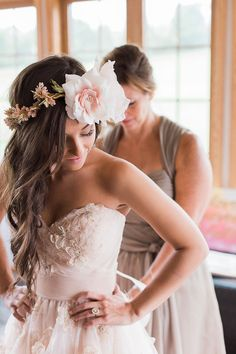 beautiful blush and gold bride