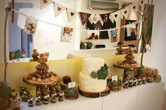 Bodas de Madeira  Projeto de personalização da mesa por Carol Reiner.