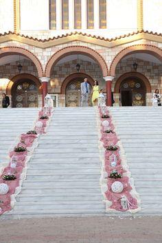 Wedding Walkway, Wedding Table, Wedding Favors, Rustic Wedding, Church Wedding Decorations, Dream Cake, Flower Power, Wedding Planner, Backdrops