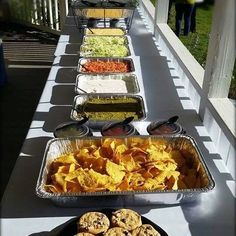 Summer will soon come to an end. Hope you were able to enjoy at least one picnic day in the sunshine! Wedding Catering, Griddle Pan, Waffles, Picnic, Tacos, Breakfast, Sunshine, Birthday, Food