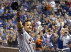 Tigers' Cabrera wins 1st Triple Crown in 45 years