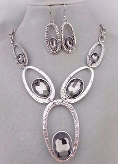 Hammered Silver Ovals Grey Rhinestone Necklace Earring Set Fashion Jewelry NEW #unbranded