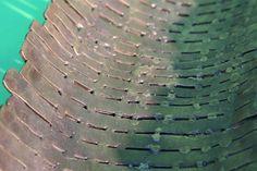 Schale aus Cortenstahl Streifen geschweißt und geschmiedet
