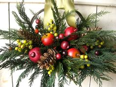 Colonial Christmas Basket Holidays Christmas by TheLinnetsWing