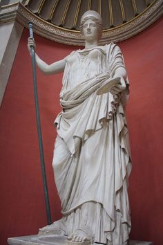Monumental Statue of Hera (Illustration) - Ancient History Encyclopedia A monumental marble statue of Hera. century CE Roman copy of a Greek original. Greece Architecture, Greek Statues, Angel Statues, Greek Pantheon, Living Statue, 17th Century Art, Ancient Art, Ancient History, Greek Art