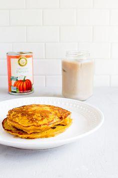 pumpkin oatmeal pancakes for ONE!   immaEATthat.com