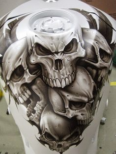 very cool custom skull tank airbrush and this would be a killer tattoo as well! Airbrush Designs, Airbrush Art, Custom Paint Motorcycle, Motorcycle Art, Bike Art, Motorcycle Mirrors, Skull Painting, Air Brush Painting, Dark Fantasy Art