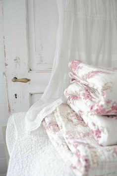 Linens and Comforters