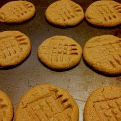Peanut butter cookies -- Emeril Lagasse's recipe