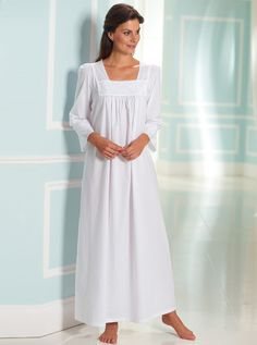 David Nieper Fine Woven Cotton Nightdress White Size UK 14 II 22 for sale online Cotton Nighties, Luxury Nightwear, Sewing Lingerie, Feminine Style, Modest Fashion, Night Gown, Mother Of The Bride, Lounge Wear, Cold Shoulder Dress