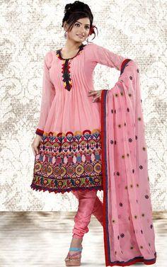 Imaginea pentru http://www.awomensclub.com/wp-content/uploads/Nice-Salwar-Patterns.jpg.