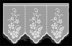 Shorter curtains with floral motifs