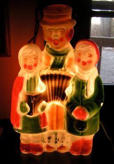 Christmas carolers light-up blow mold Ghost Of Christmas Past, Old Christmas, Etsy Christmas, Old Fashioned Christmas, Antique Christmas, Vintage Christmas Ornaments, Christmas Items, Vintage Holiday, Christmas Carol