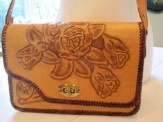 #vintage #VogueTeam #BiziTalk Hand Tooled Purse - Made In Mexico - Leather Shoulder Bag - 50's leather purse