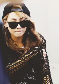 CL ( Lee Chae-rin) ★ 2NE1 Her Sanclement Sunglasses. :3 Happy Birthday my Queen ^^