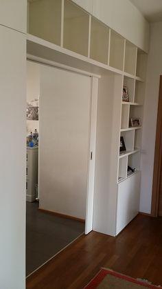 Parete libreria con ante scorrevoli Closet, Decor, Furniture, Interior, New Homes, Home Decor