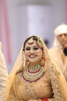 Sikh bride Sikh Bride, Bridal Jewelry, Crown, Jewellery, Fashion, Moda, Corona, Jewels, Bridal Bridal Jewellery