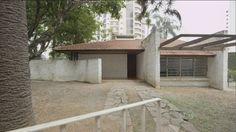 Centenário do arquiteto Vilanova Artigas é marcado por lançamentos Artigas foi um dos arquitetos modernistas mais importantes do país e é considerado o fundador da chamada Escola Paulista de Arquitetura.