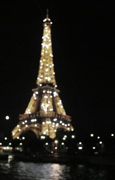 Its the twinkles ! twinkle time in Paris 12pm ?