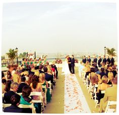 A packed patio for a summer ceremony!