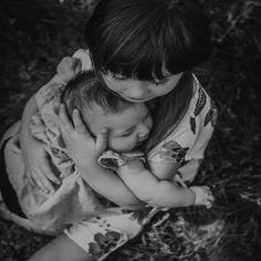 بعضهم معنا هى بمثابه #اتكاء الروح  على بستان يفيض #رحمه #يعطر قلبك المنهك #بالمسك اللهم اجعلهم لنا لا علينا اللهم #اديمهم حولنا بالقرب #مطمئنين آمــــين