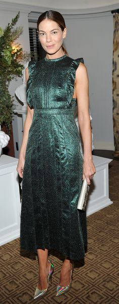 American acress Michelle Monaghan wearing a Burberry dress to attend the Vanity Fair event ahead of the BAFTA LA
