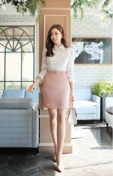 Korean Fashion Trends you can Steal – Designer Fashion Tips Korean Fashion Work, Asian Fashion, Skirt Fashion, Fashion Dresses, Beautiful Outfits, Cute Outfits, Look Office, Mode Hijab, Beautiful Asian Women