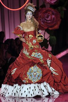 Christian Dior Fall 2004 Couture - Collection - Gallery - Style.com