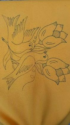 Basic Embroidery Stitches, Bird Embroidery, Hand Embroidery Designs, Beaded Embroidery, Embroidery Patterns, Flower Art Drawing, Flower Sketches, Diy Wall Painting, Fabric Painting