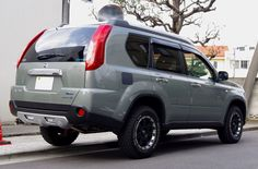 Nissan X-trail - Modified 4x4 overlander