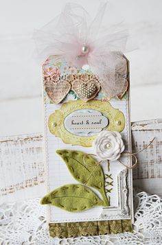 Another cute flower on this pretty tag